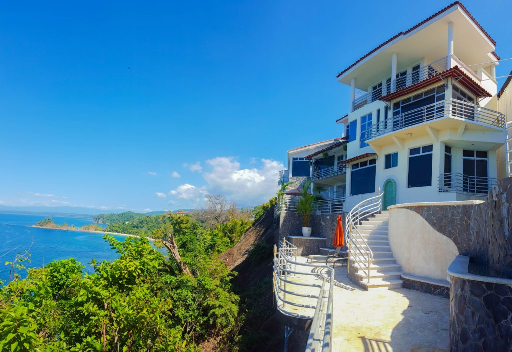 luxury beachfront homes for sale in costa rica